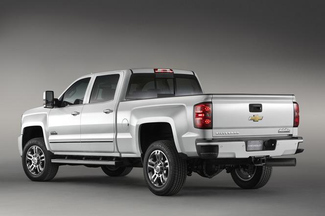 Chevrolet Silverado HD High Country : luxe et gros bras