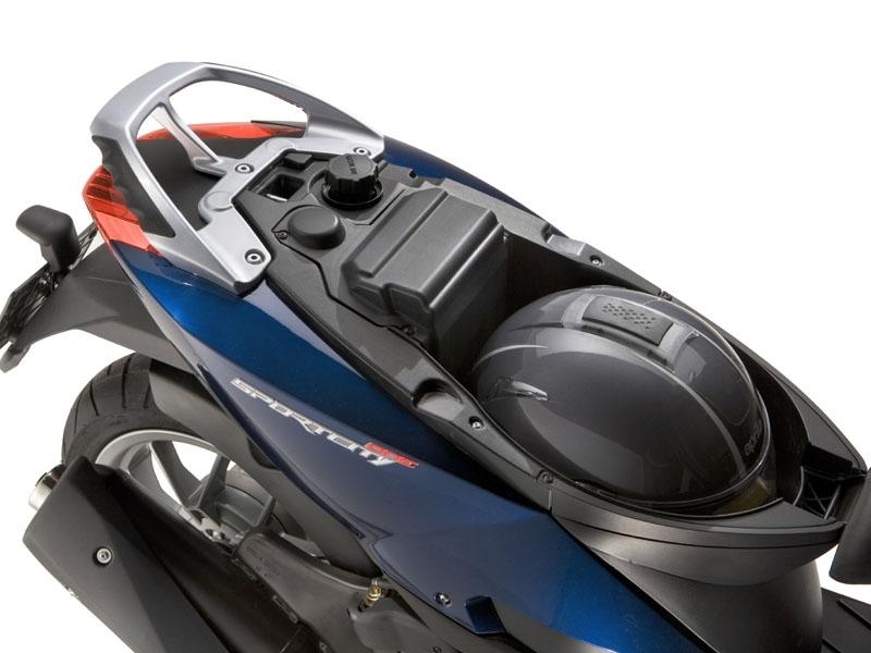 """Nouveauté Scooter : Aprilia renouvelle le Sportcity. Voici le """"One""""!"""