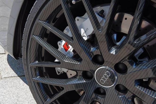 Audi dévoile une RS3 Sportback à jantes en fibre de carbone