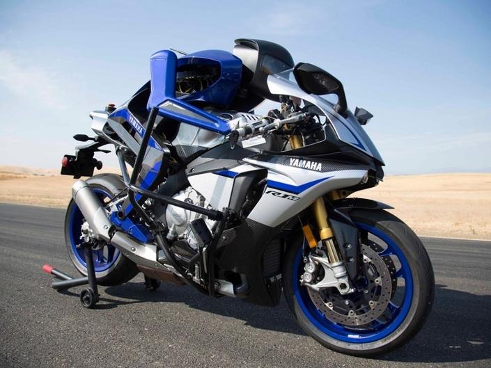 Salon de Tokyo 2018 : le Yamaha Niken, Motoroid et le MotoBot
