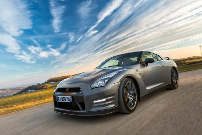 La Nissan GT-R 2013 débarque en Europe