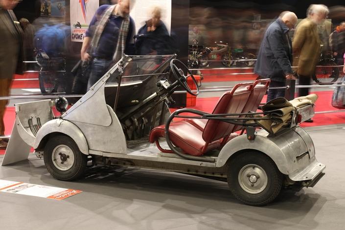 Le Biscooter Voisin, animé par un moteur 125 Gnome & Rhône 2 temps