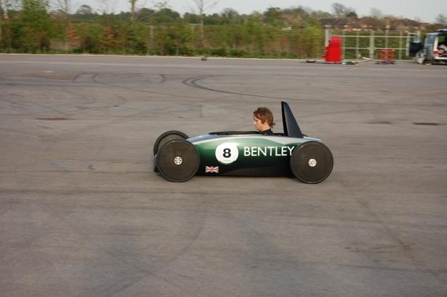 La Bentley Continental DC, caisse à savon électrique, au championnat Greenpower !