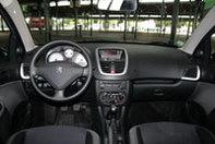 Peugeot 206+ vs Renault Clio Campus : Non à la retraite anticipée