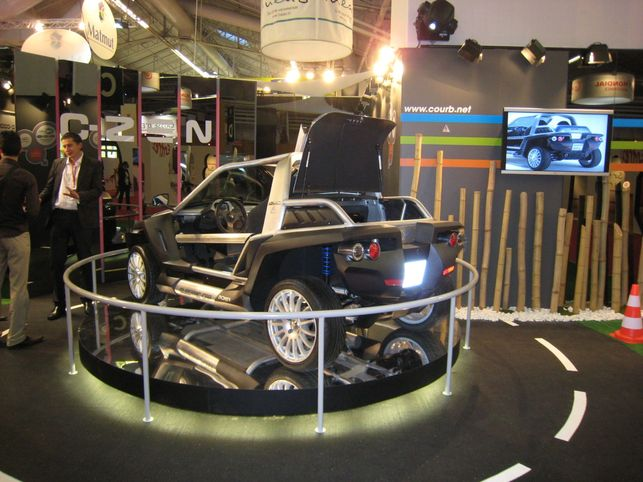 Un véhicule électrique intelligent : laCourb C-ZEN