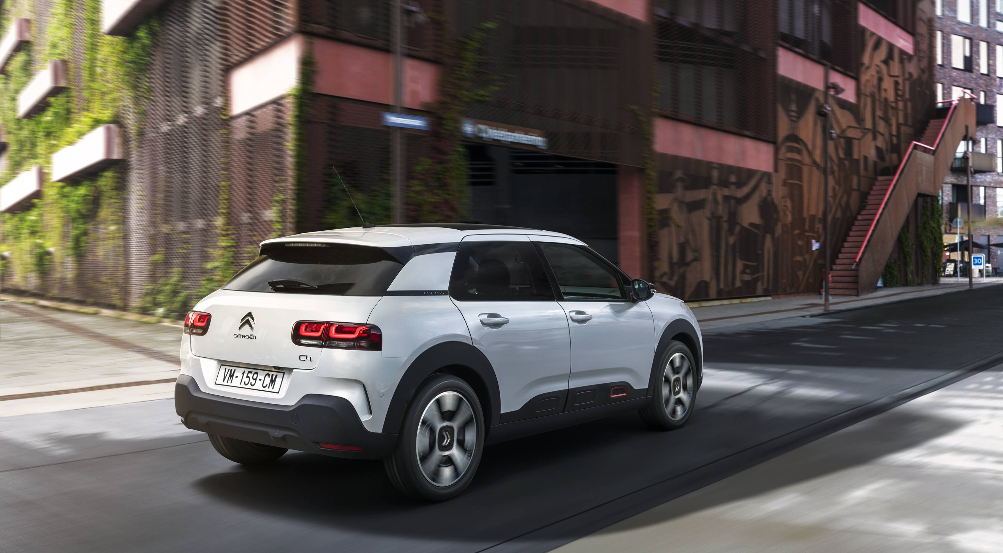 pr sentation vid o citroen c4 cactus restyl e 2018. Black Bedroom Furniture Sets. Home Design Ideas