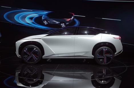 L'imposante silhouette de crossover presque monocorps rappelle celle de la Faraday Future FF91.