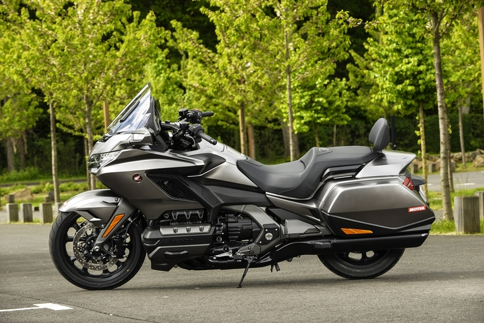 Les essais de presse de la Goldwing 2018 - Page 9 S1-essai-honda-goldwing-1800-mod-2019-lifting-de-star-578506