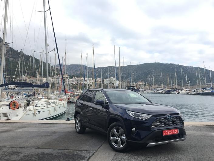 Essai vidéo - Toyota Rav-4 hybride 2019 : en phase avec son temps