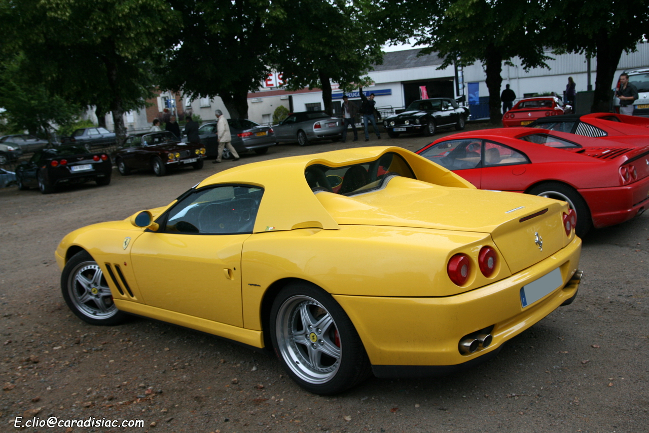 http://images.caradisiac.com/images/3/8/0/6/33806/S0-Photos-du-jour-Ferrari-550-Barchetta-137049.jpg
