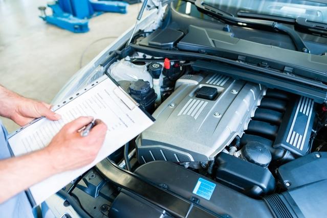 Révision constructeur : contrôle obligatoire pour chaque automobiliste