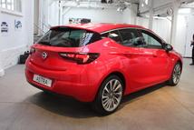 La partie arrière nous fait penser à l'Alfa Giulietta