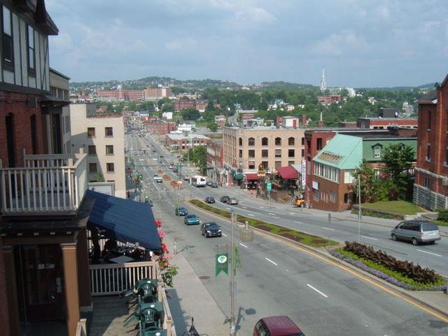La ville de Sherbrooke abandonne les agrocarburants