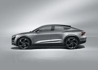 Le profil est celui d'un coupé, mais surélevé. Le SUV coupé électrique ? C'est à la mode !