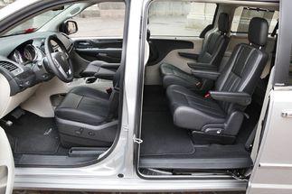 Essai - Lancia Voyager : plus mamma que Monica