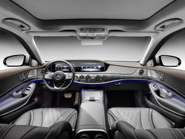 L'habitacle de la Classe S n'a rien à envier à des réalisations de marques plus prestigieuses, comme Bentley.