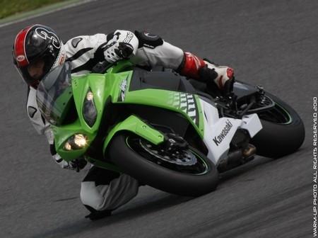 Essai Kawasaki ZX10-R: un Ninja à l'affut.
