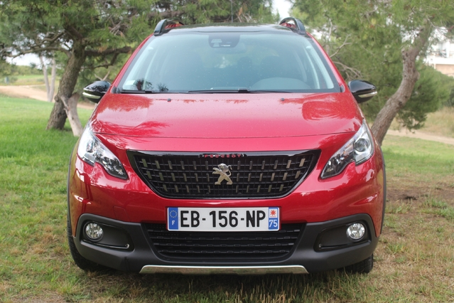La Peugeot 2008 est le petit SUV le plus vendu en France. Au premier trimestre 2017, il s'en est immatriculé 295 exemplaires chaque jour !