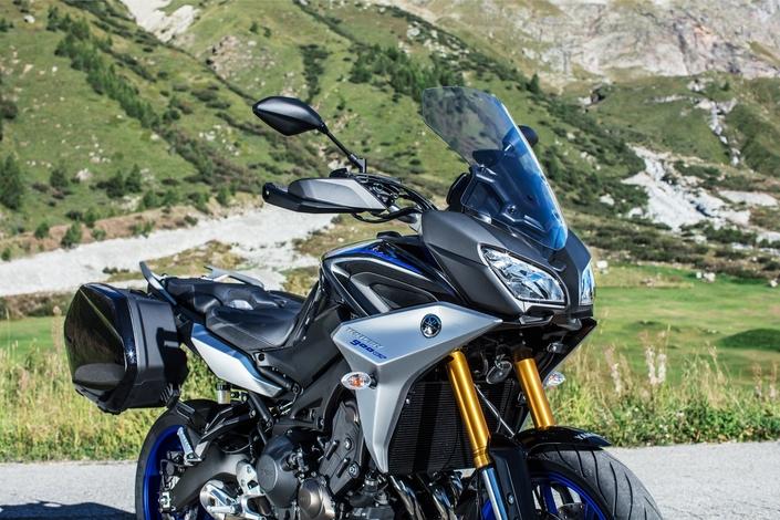 Salon de milan 2018 en direct yamaha tracer 900 et 900 gt for Salon de milan moto 2018