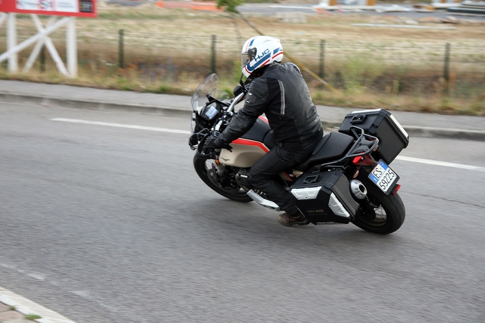 Essai - Moto Guzzi V85 TT Travel : Confirmation réussie ! S1-essai-moto-guzzi-v85-tt-travel-confirmation-reussie-633589