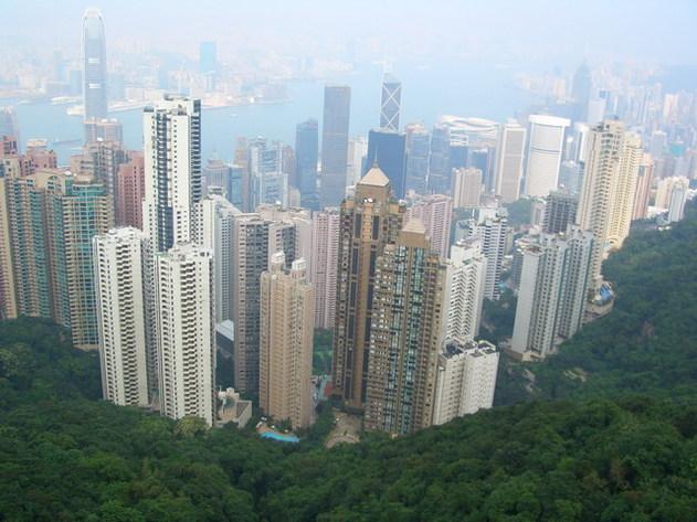 Hong Kong est toujours étouffée par la pollution...