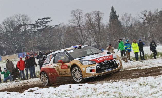 WRC Monte-Carlo 2013 - Jour 1 : le chronométrage en surchauffe, Loeb mène devant Ogier