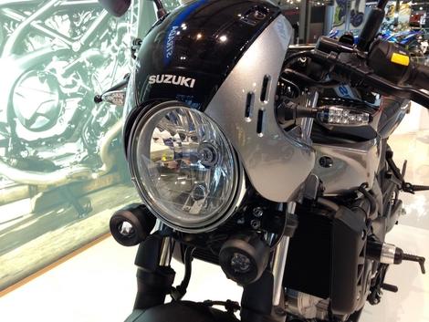 Salon de Milan 2017 en direct : Suzuki SV 650X