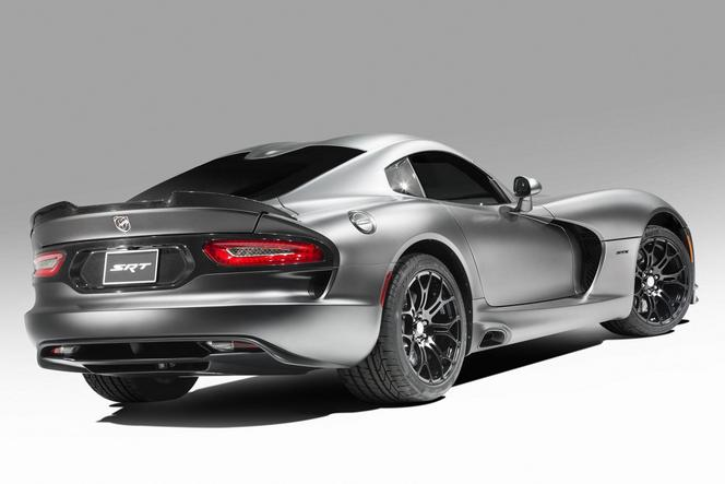 SRT dévoile la Viper GTS Anodized Carbon Time Attack