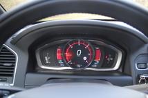 """Essai - Volvo XC60 restylé : """"la voiture à Zlatan"""""""