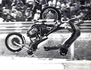 KAWASAKI 750 H2 : une bombe dans le paysage motocycliste français.