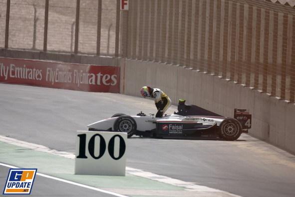 GP2 Asia-Dubaï-Course 2 : Bonanomi pour la der, Grosjean à l'envers