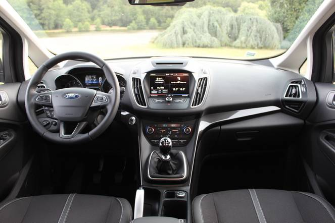 Essai vidéo - Ford C-Max restylé : le résistant