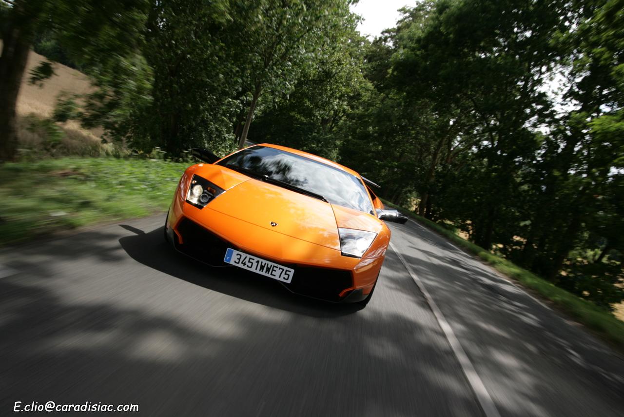 Lamborghini LP670-4 SV »