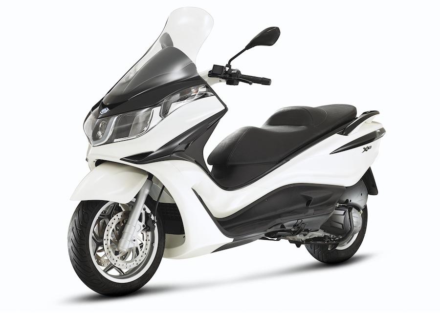 Nouveauté Scooter 2014 : Piaggio X10 125 Sport ABS/ASR