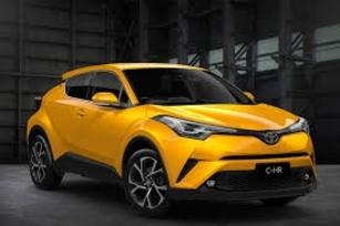 Toyota CH-R.