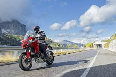 Loi des 100 chevaux: oui mais uniquement pour les motos équipées d'un ABS?