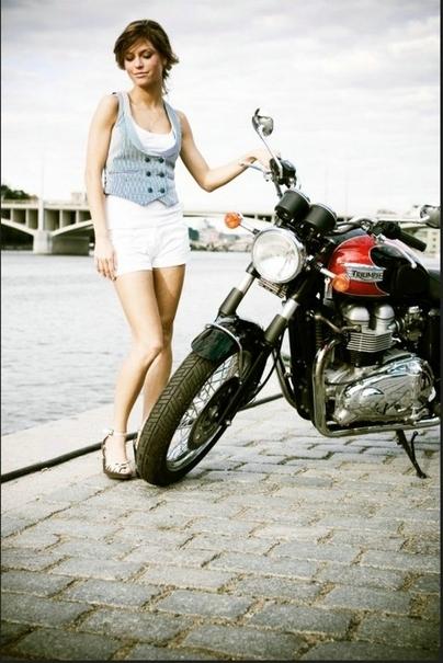 Moto & Sexy : des Histoires de filles et de Triumph ... par Jan Svoboda