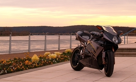 MV Agusta F4 by Zone Rouge 76 [9 projets]