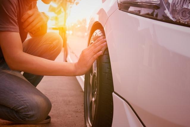Lavage auto sans eau : une autre manière d'entretenir son véhicule