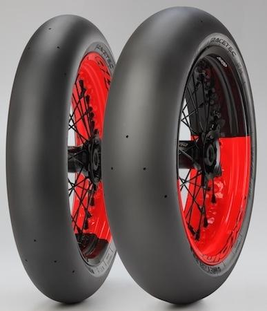 Metzeler Racetec™ SM: nouveau composé et gomme ultra méga tendre