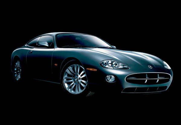 S7-Jaguar-XK8-coupe-13932.jpg