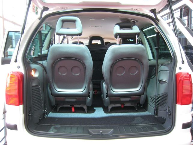 le seat alhambra ecomotive est moins polluant. Black Bedroom Furniture Sets. Home Design Ideas