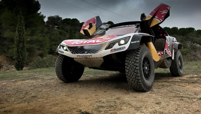 Découverte vidéo - Peugeot 3008 DKR Maxi : ultime évolution