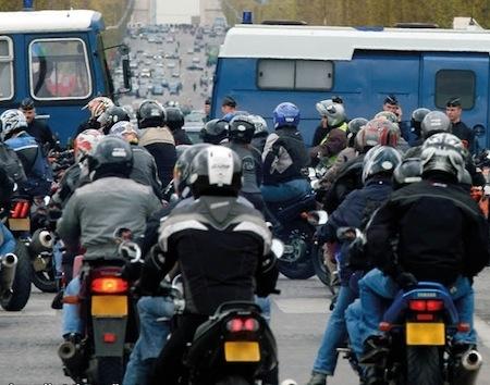 La FFMC répond aux déclarations de Ségolène Royal en déplacement lors des manifestations de ce week-end
