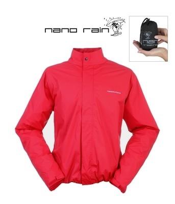 Une protection pluie qui tient dans la main... la Tucano Urbano Nano Rain Jacket