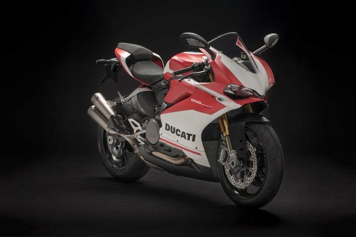 Salon de Milan 2017 en direct: Ducati bichonne la 959 Panigale Corse