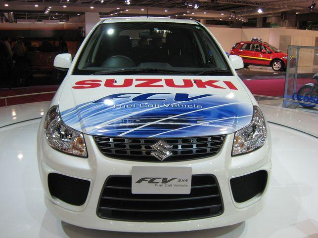 La Suzuki SX4-FCV : hydrogène toute !