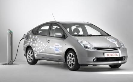 C'est officiel : l'hybride rechargeable Toyota sortira d'ici 2010