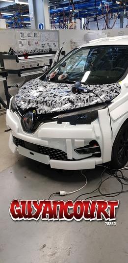 Renault: la nouvelle Zoé aperçue à Guyancourt
