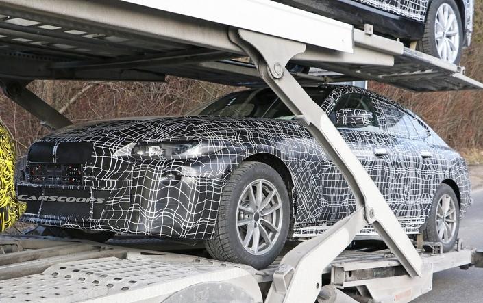 BMW : l'i4 se montre enfin